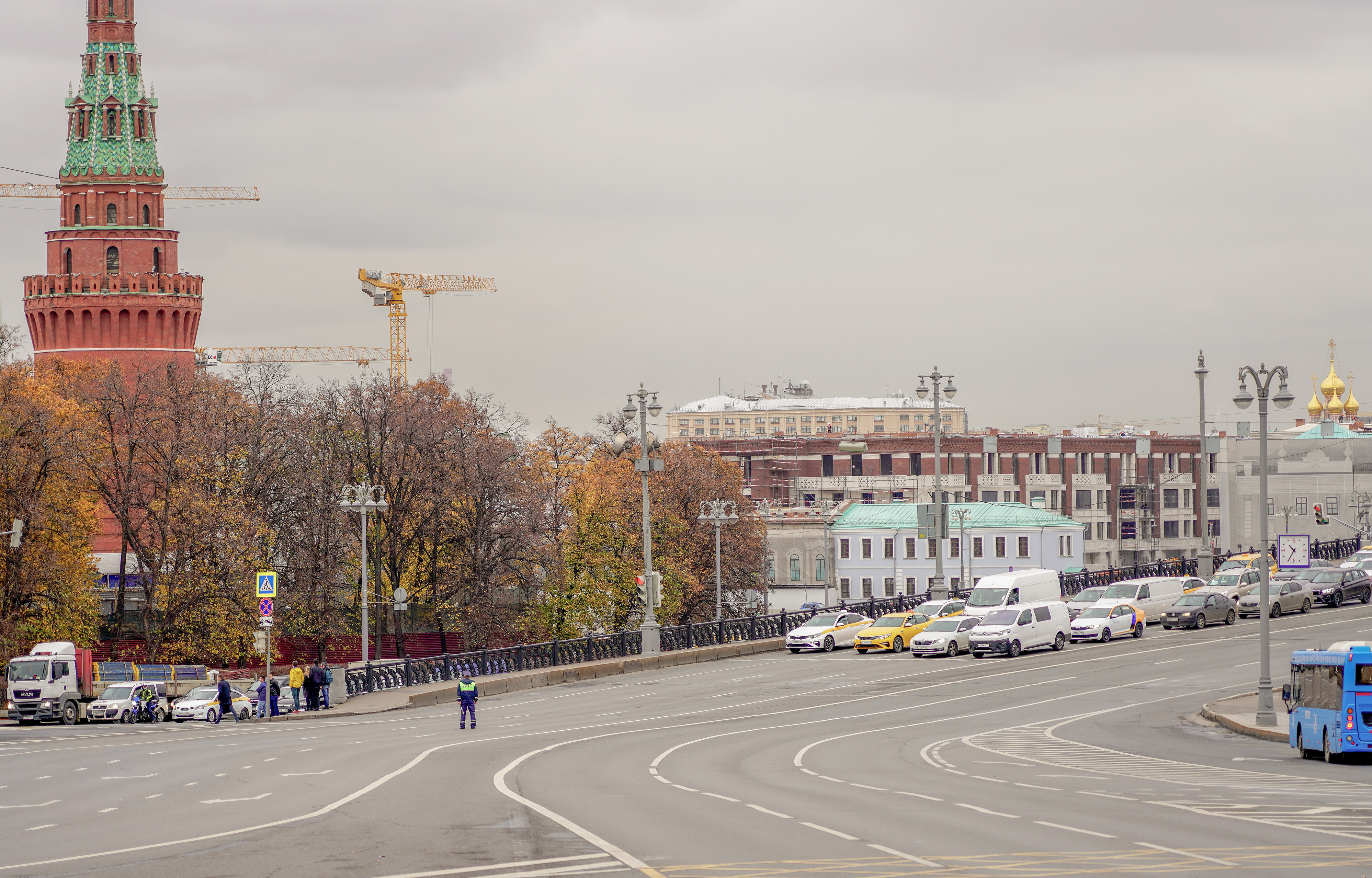 OBJECT VIEW FROM BOROVITSKAYA SQUARE