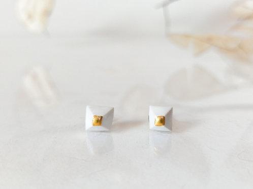 náušnice CUBE white&gold