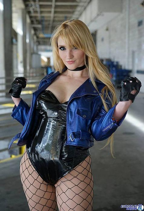 Holly Brooke Black Canary Cosplay
