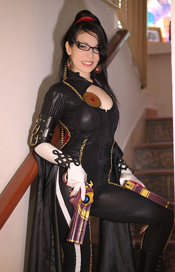 Carolina Angulo Bayonetta Cosplay