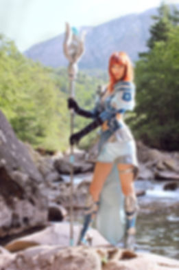 Illisia Cosplay as Sorcerer Dragon's Prophet Cosplay