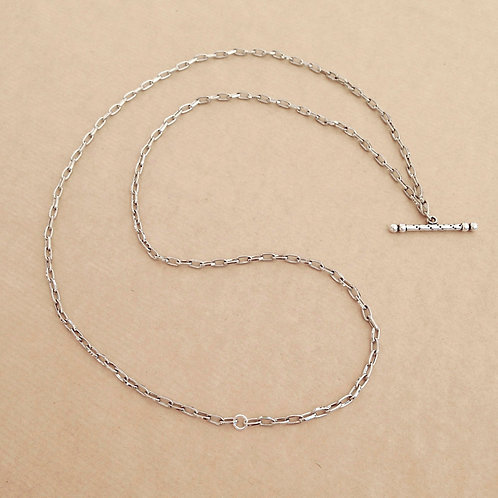 Silver small-link chain with 'Speckle' toggle