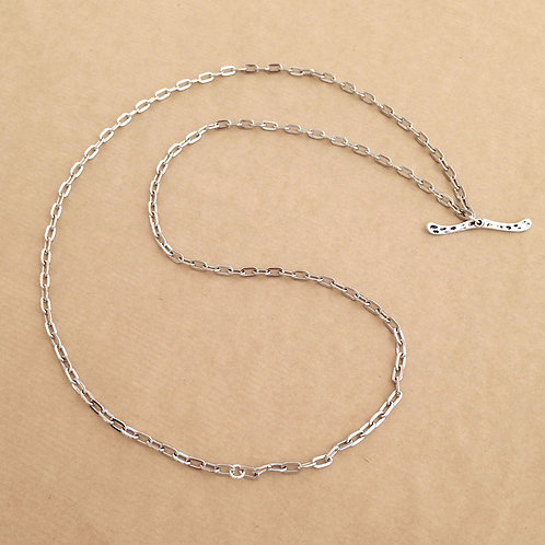 Silver medium-link chain with 'Hammered' toggle