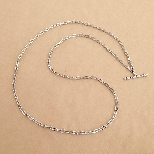 Silver medium-link chain with 'Speckle' toggle