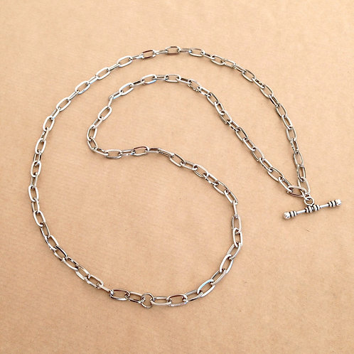 Silver large-link chain with 'Classic' toggle