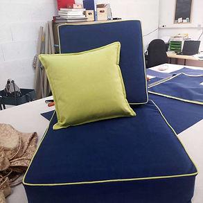 Housses de coussins passepoil vert pour fauteuil type colonial