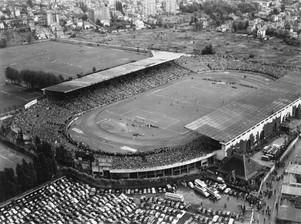 Roger Henrard, Stade olympique Yves-du-Manoir de Colombes : finale de la coupe de France, 1952 @ Archives départementales des Hauts-de-Seine.