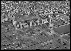 LA VILLE CORRIGÉE — Anonyme, Le Havre, 1951 © IGN (France), Photothèque nationale.