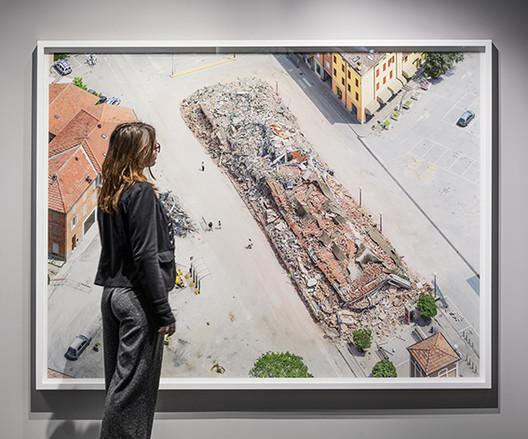 CAUE92 - Exposition Survols, la photographie aérienne des villes, 2018-2019 © Luc Boegly.