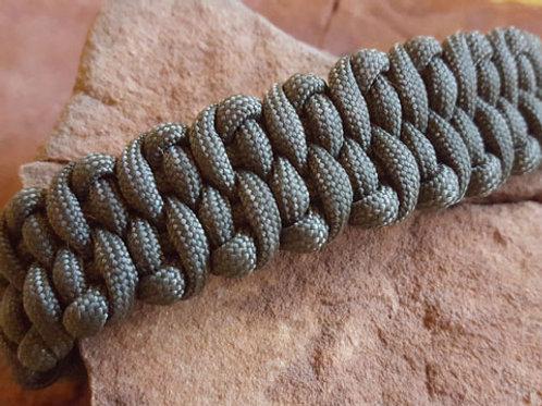 Dragon Tounge Paracord Bracelet