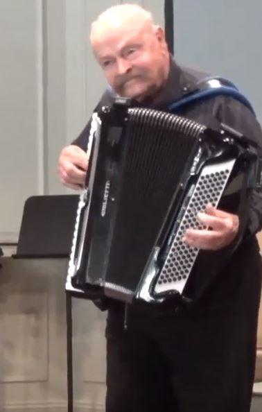 Nick Ballarini (morning concert).JPG