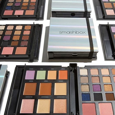 The New Smashbox Master Class Palette made by MG New York #compact #cosmetics #Smashbox #palette #eyeshadow #face #beauty