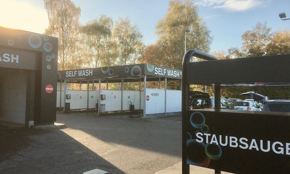 Beschriftung einer Tankstelle in Winterthur