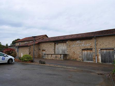 Ferme-St-Michel-Ext.jpg