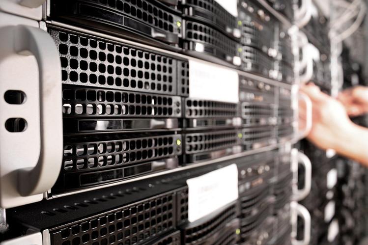 Концерн «Автоматика» выводит на рынок два новых сервера на платформе «Эльбрус»