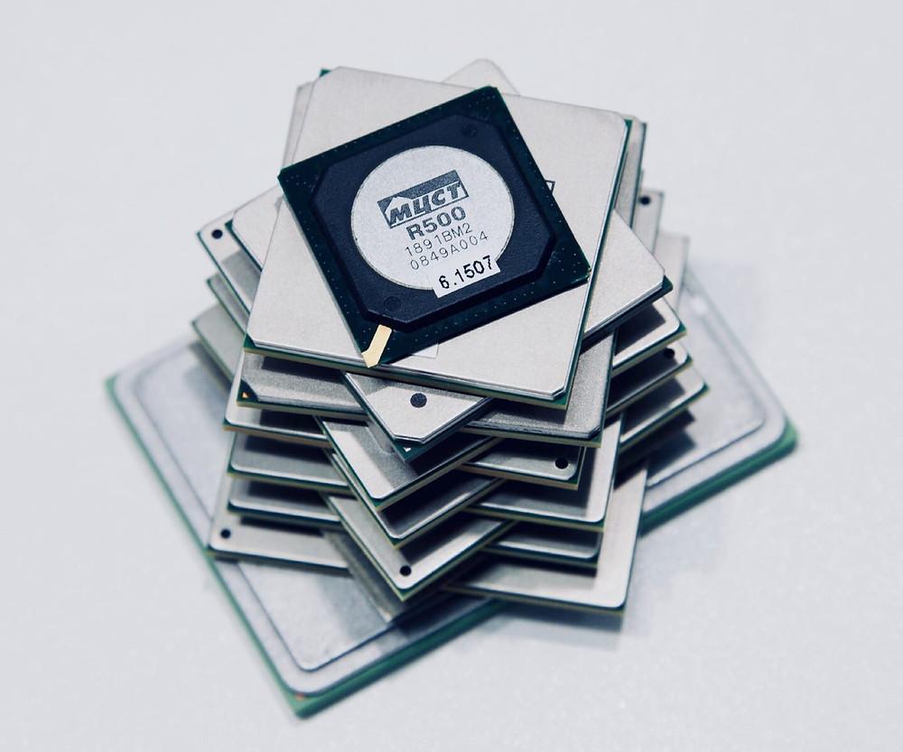 Микропроцессоры компании МЦСТ за последние 15 лет