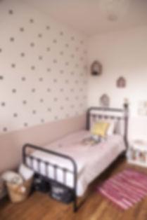 décoration chambre d'enfant fille style rétro