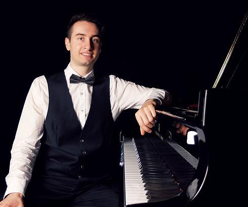 Magnus Baumgartl, Pianist, MrBromaba, Eventpianist, Hochzeitspianist, Baden-Württemberg