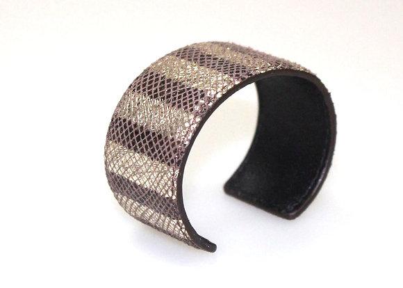 Stripe Leather Cuff (Brown, Silver) LB407-1