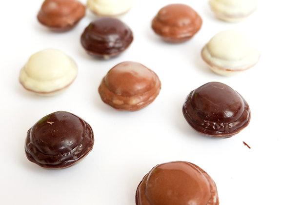 Macaroons formos šokoladukai