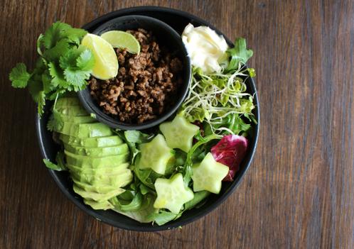 Tacosalatbolle med lime & koriander