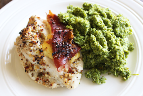Fylt kyllingfilét med brokkolimos