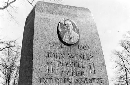 powellmonument01.jpg