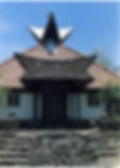 図⑤b 1992 05 ポサランの教会1.jpg