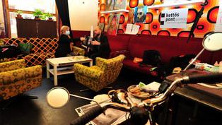 A Rádió9 podcastja a Kettőspontról