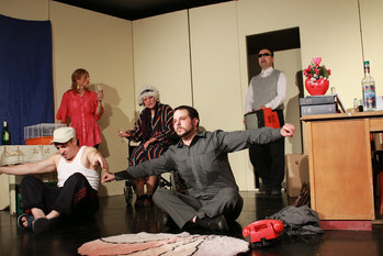 Békés Pál darab a Kispesti Kisszínházban
