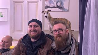 Hárman a szobában | Videó és fotók a megnyitóról