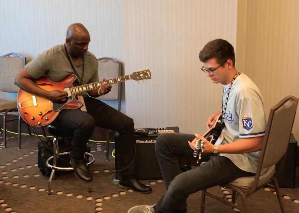 Jam Room@CDBaby with Gibson Guitars