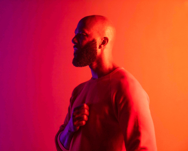 """Common Explores The Isolation Of The Mind In New Video For """"Say Peace"""""""