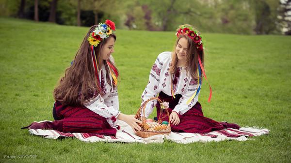 Katya & Anna