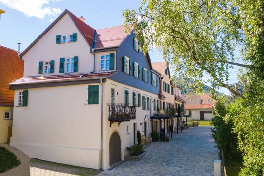 Beuren, Hauptstraße 4, 6, 8