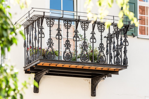 Wiederaufbereiteter schmiedeeiserner Balkon