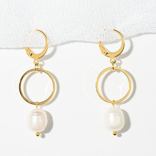 Isabella Pearl Earrings