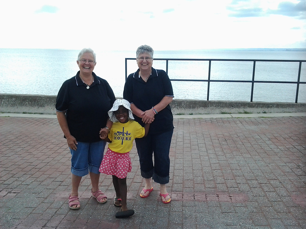 2 Lake Ontario Canada.jpg