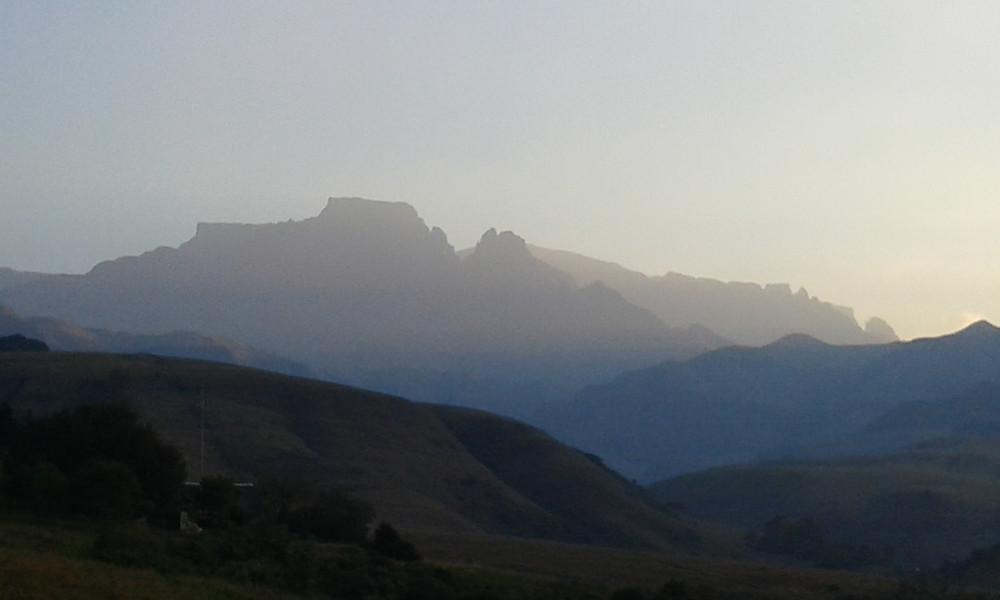 Dragon Peaks.jpg
