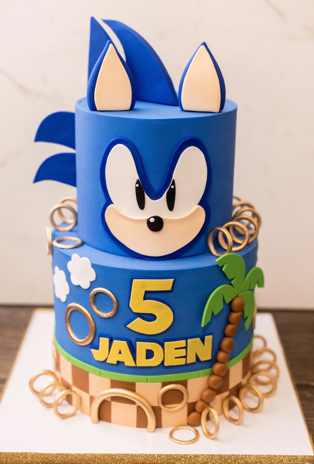 Two Tier Sonic the Hedgehog Cake.jpeg