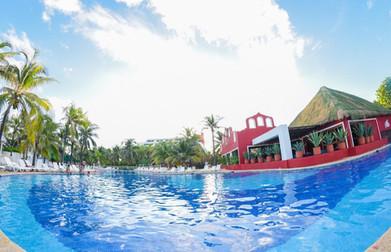 Grand Oasis Cancun (16).jpg