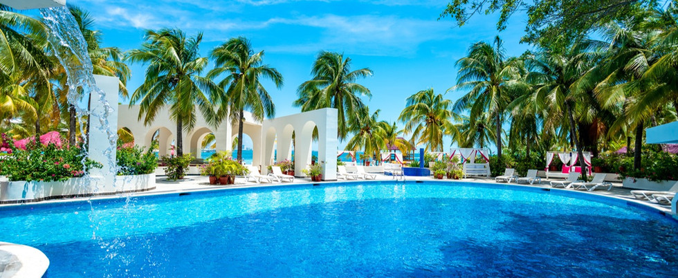 oasis-palm-cancun (3).jpg