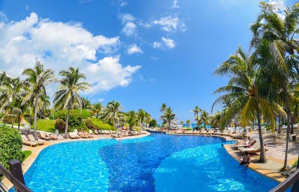 Grand Oasis Cancun (2).jpg