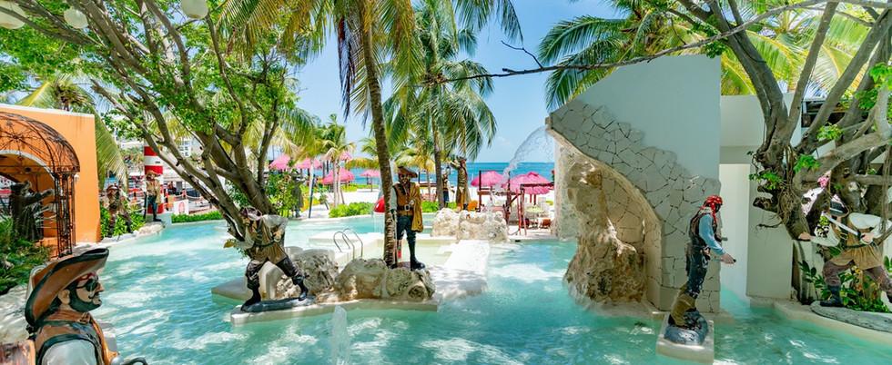 oasis-palm-cancun (4).jpg