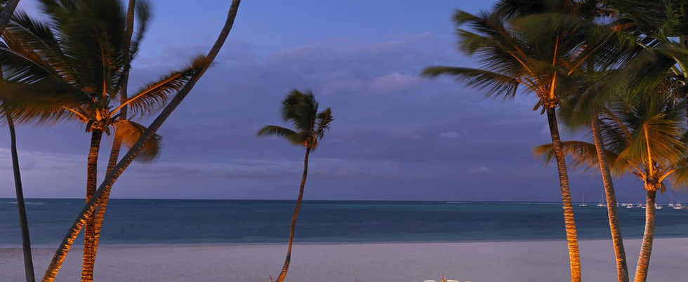 216MeliaCaribeBeach-Beach_dinner_setup.j