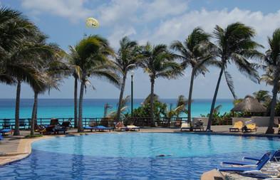 Grand Oasis Cancun (12).jpg