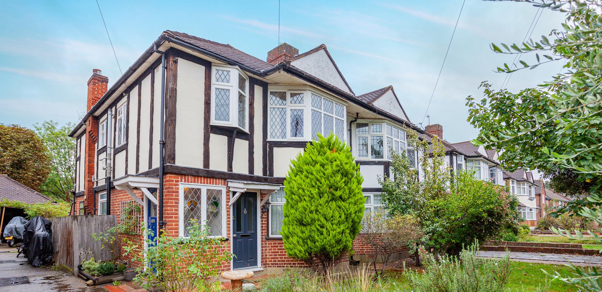 Aboyne-Drive-London-maisonette-IMG_9503.