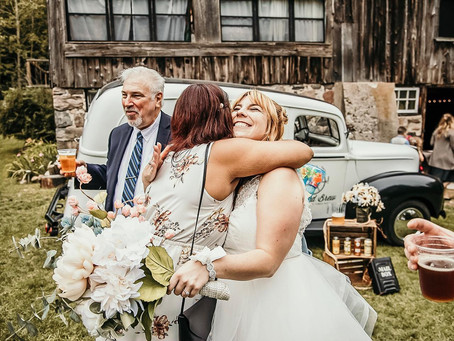 5 Reasons Your Canadian Wedding Deserves a Mobile Bar