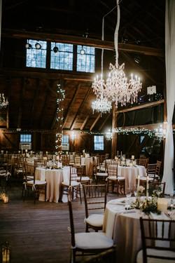 webb_barn_wedding_wethersfield_romantic_chandeliers_draping_0122