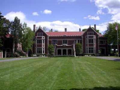 Waveny House